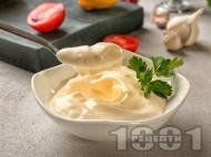 Бърза класическа домашна майонеза с яйца приготвена с пасатор